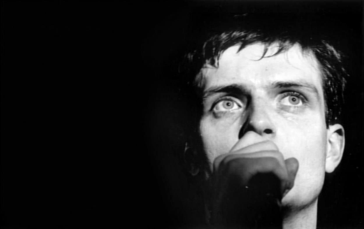 Crazy Diamonds – Il lato oscuro della musica: Ian Curtis