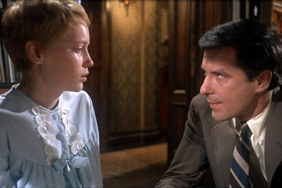Rosemary's Baby ha segnato la storia del cinema. Oltre ad essere uno dei film horror più famosi di sempre è un perfetto ritratto della società americana anni 60