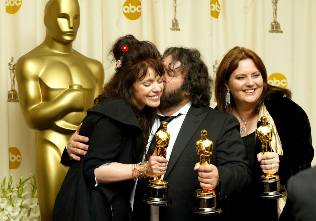 Il regista e sceneggiatore Peter Jackson, la moglie e sceneggiatrice Fran Walsh, e la co-sceneggiatrice Philippa Boyens.